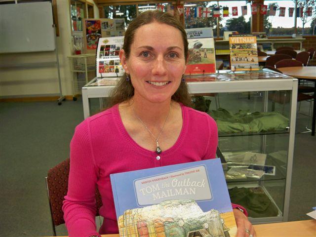 Author Kristin Weidenbach visits Barmera Library!